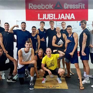 Trening ameriške moške odbojkarske olimpijske reprezentance v RCL